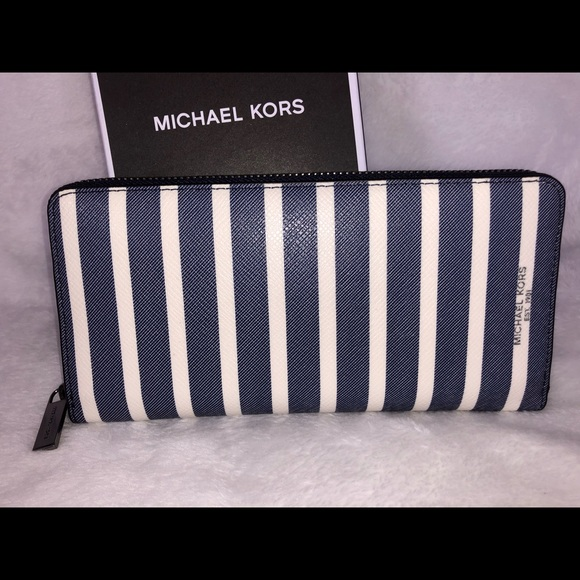 Michael Kors Handbags - Michael Kors blue white stripe Grant NEW wallet